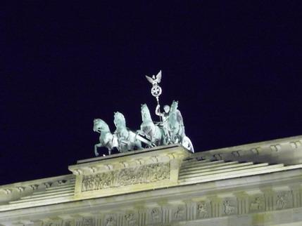 Berlin, Quadriga bei Nacht. (c) Eitelhuber