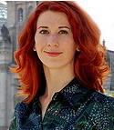 Katja Eitelhuber, Diplom-Dolmetscherin